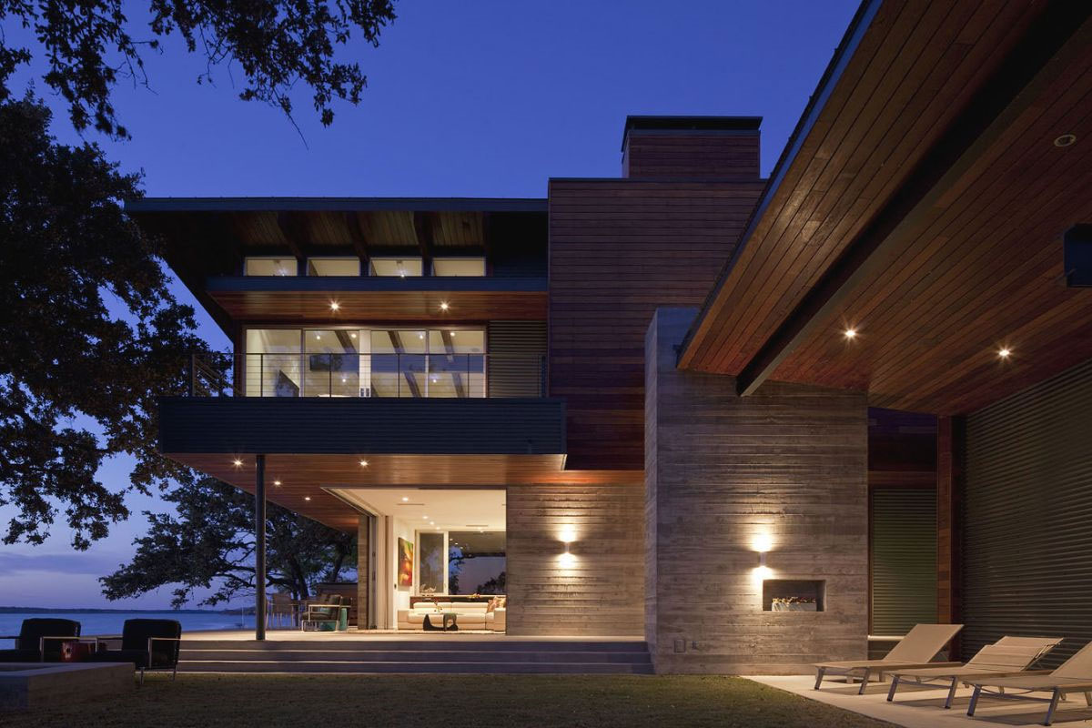 Contemporary lake lbj retreat by dick clark architecture - What is a contemporary home ...