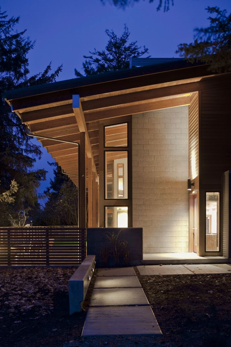 The Wooden Mulligan Residence by Scott Edwards Architecture (4)