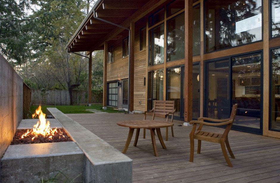 The Wooden Mulligan Residence by Scott Edwards Architecture (5)