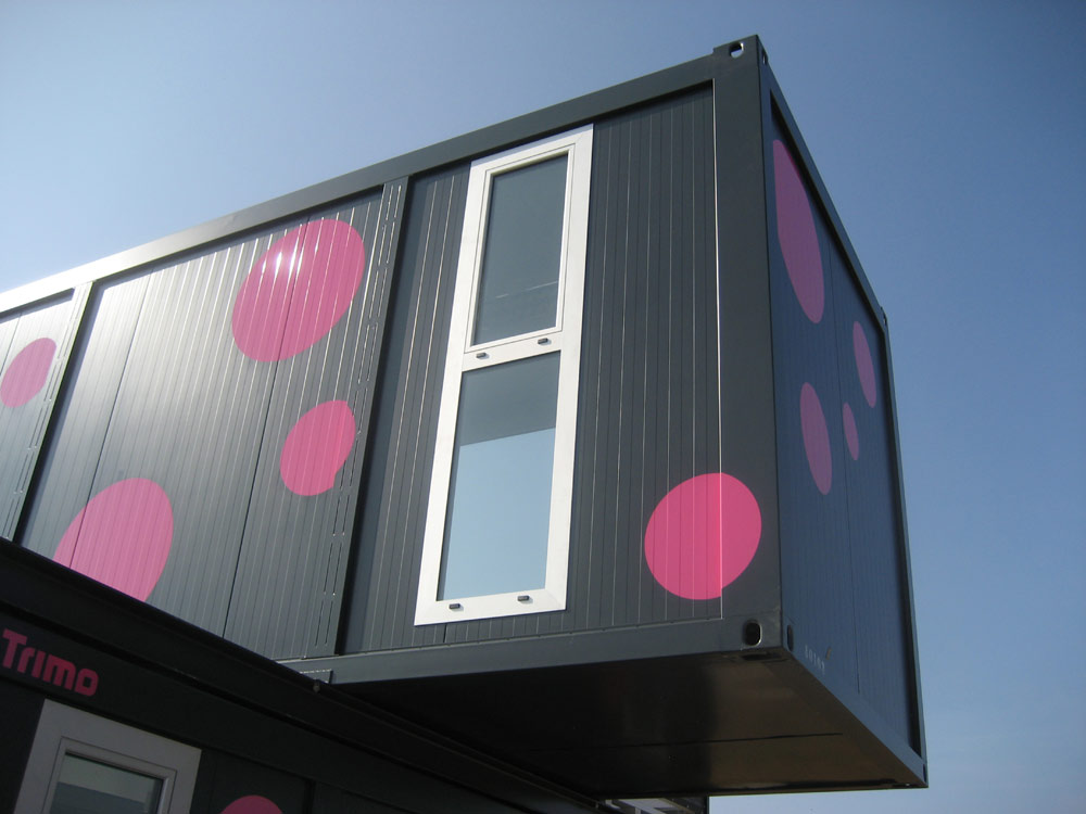 Weekend House 2+, a Container House by Jure Kotnik Arhitekt (9)