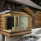 Extension of a Log Cabin in the Swiss Alps by Lacroix Chessex