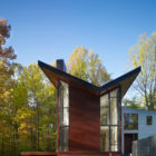 Single-Family House Located in Potomac, Maryland