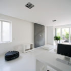 Pure White Loft With Terrace in South Paris