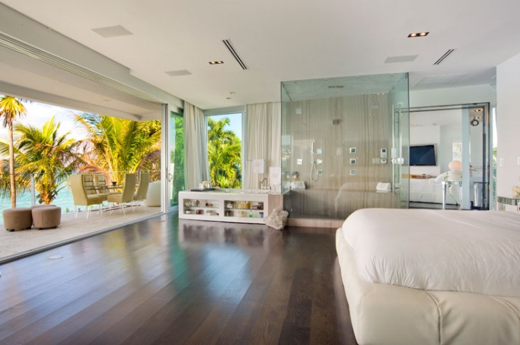 Magnificent Villa Valentina A Luxury Residence In Miami Beach Download Free Architecture Designs Sospemadebymaigaardcom