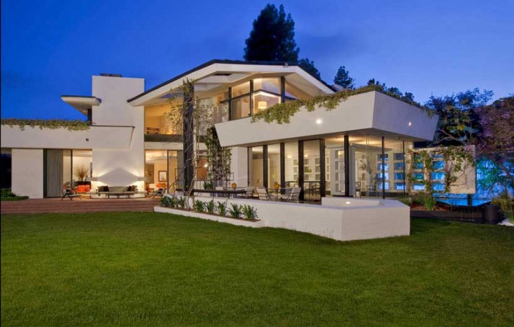 Brody House by A. Quincy Jones