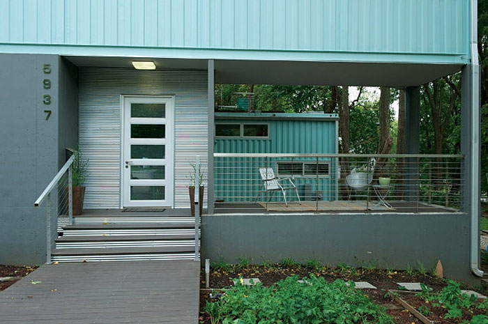 Modern Residence Made of Shipping Containers in Kansas City