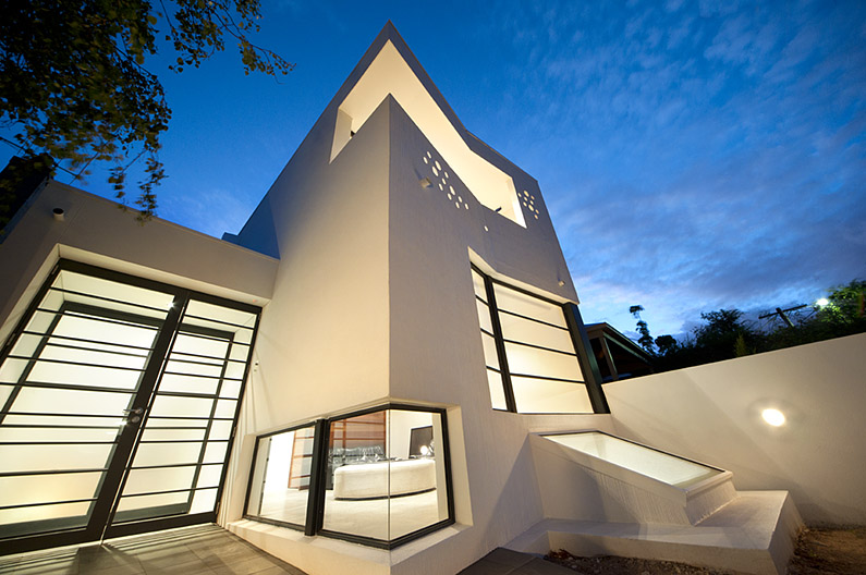 Prahran House by Nervegna Reed