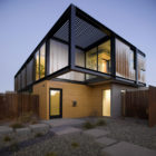 Sosnowski Residence by Chen+Suchart Studio in Tempe, Arizona