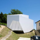 YSY House in Seto by AUAU