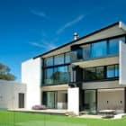 9 Elmstone House by Daniel Marshall Architects