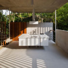 House in Ubatuba by SPBR Arquitetos