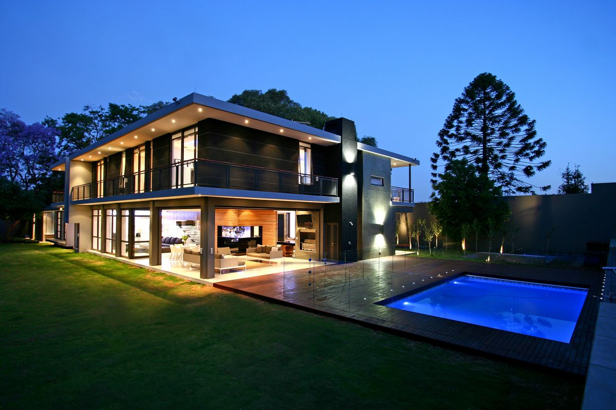 Private Contemporary Residence in Johannesburg by Design Partnership