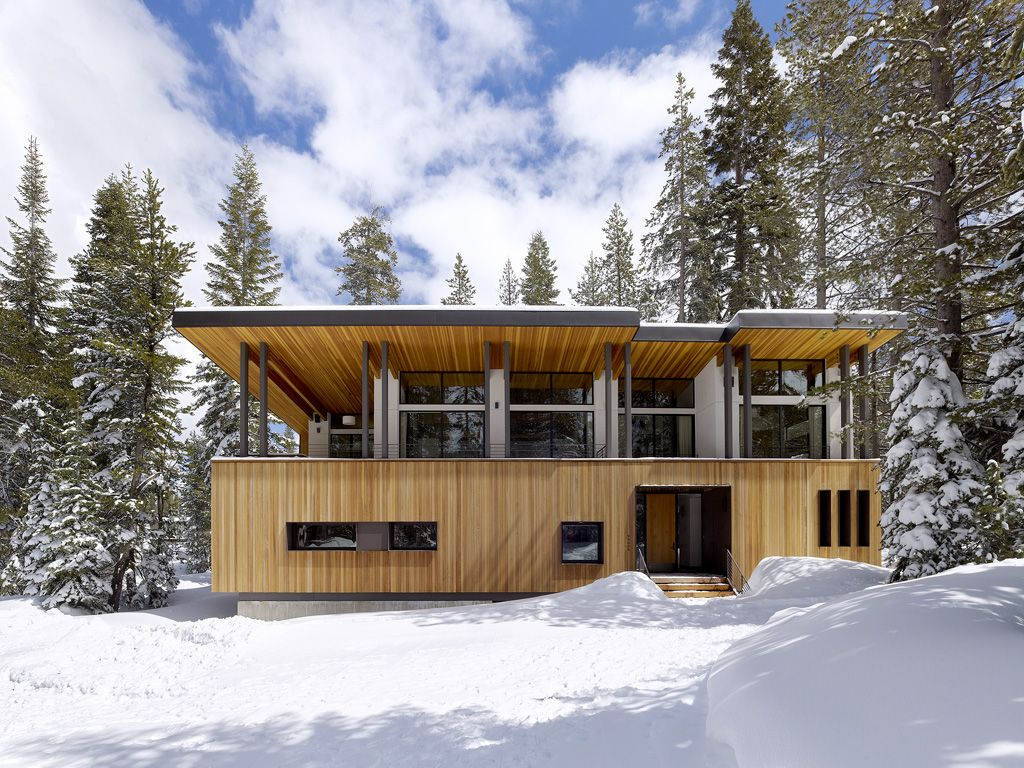 Beautiful Mountain Residence by John Maniscalco Architecture