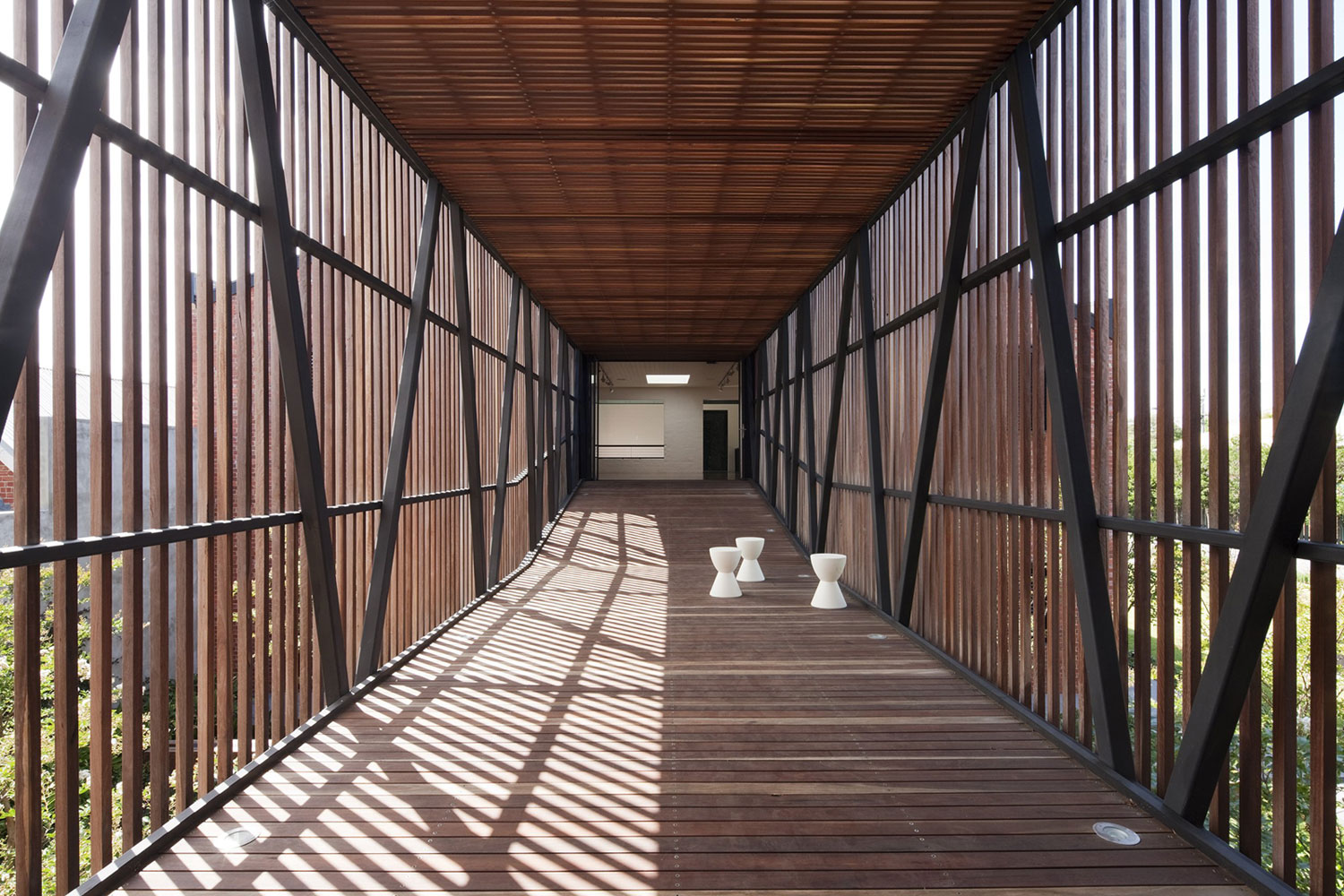 Golden Crust Bakery by Jackson Clements Burrows Arch. (10)