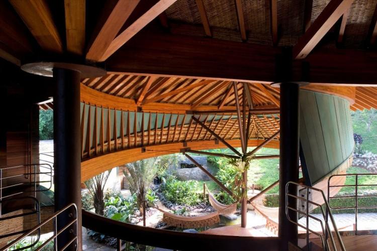Pleasant Leaf House In Brazil By Mareines Patalano Arquitetura Download Free Architecture Designs Scobabritishbridgeorg