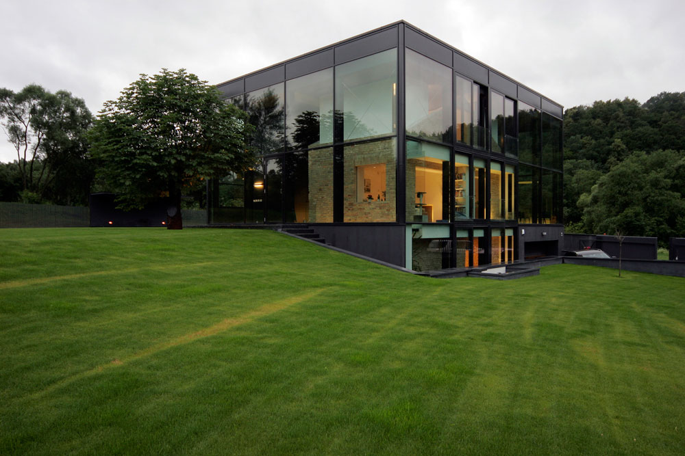 Stunning Glass House in Lithuania by G.Natkevicius & Partners