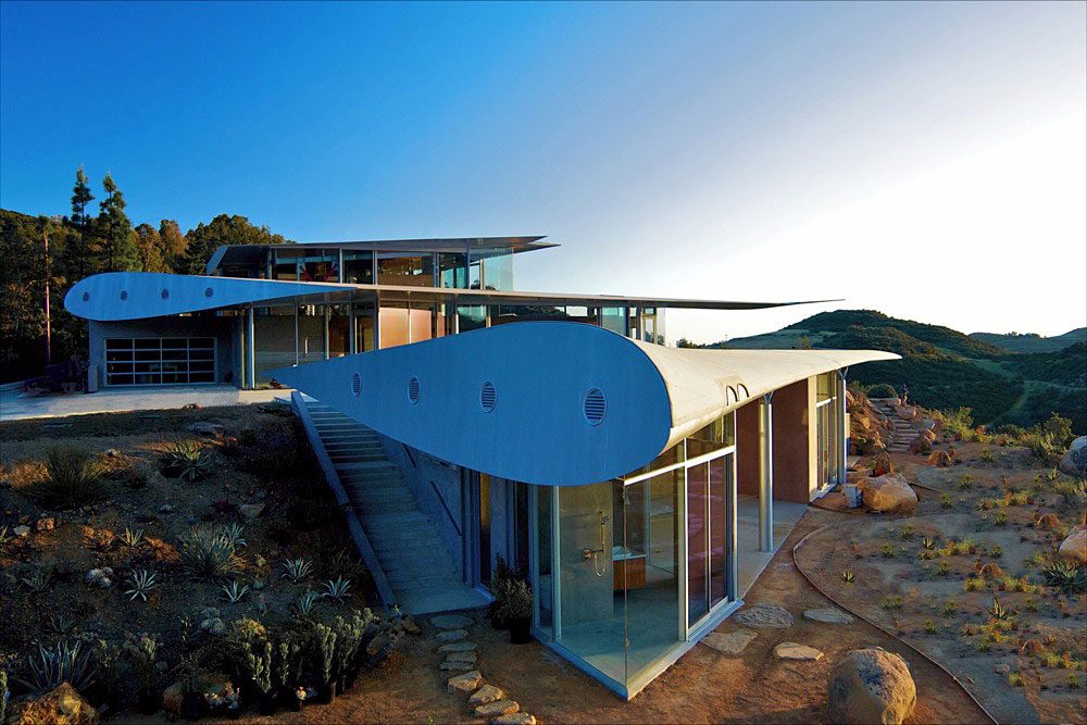Wing House, a House Made from 747 Plane Parts  by David Hertz Architects