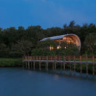 Casey Key Guest House by TOTeMS Architecture