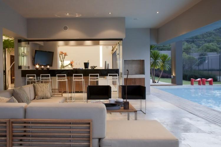 best nice house interior.  Eccleston Drive Residence by Nico Van Der Meulen Architects