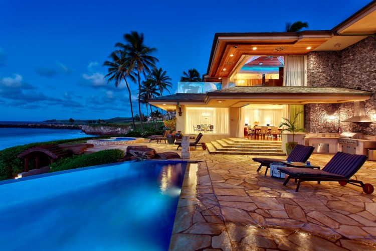 Jewel of maui residence in hawaii for Hawaii home building packages