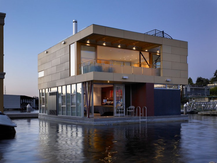 Beautiful Floating Home In Seattle By Vandeventer + Carlander Architects