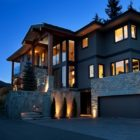 7138 Nesters Road Whistler, British Columbia