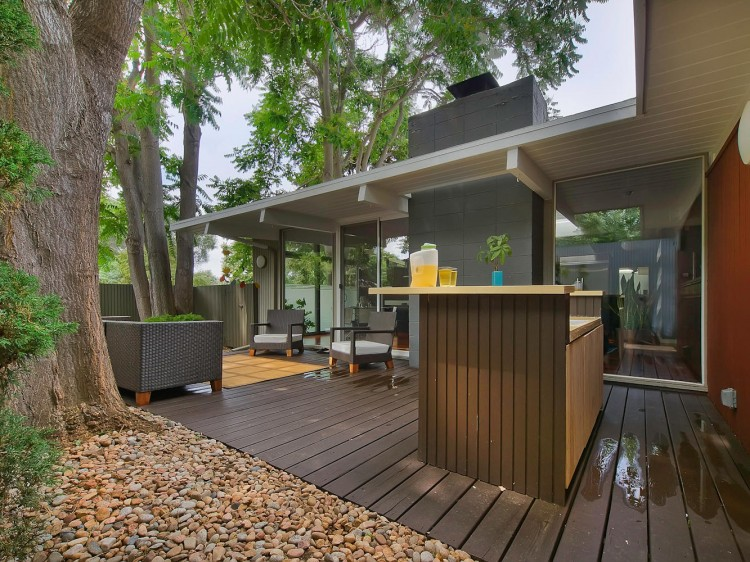 Stunning MidCentury House Renovation by Mitchell Weisberg
