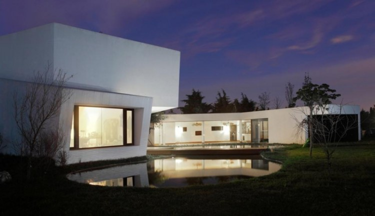 The Orchid House By Andres Remy Arquitectos - Orchid-house-by-andres-remy-arquitectos
