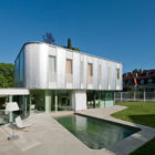 Wohnzimmer House in Vienna by Caramel Architekten