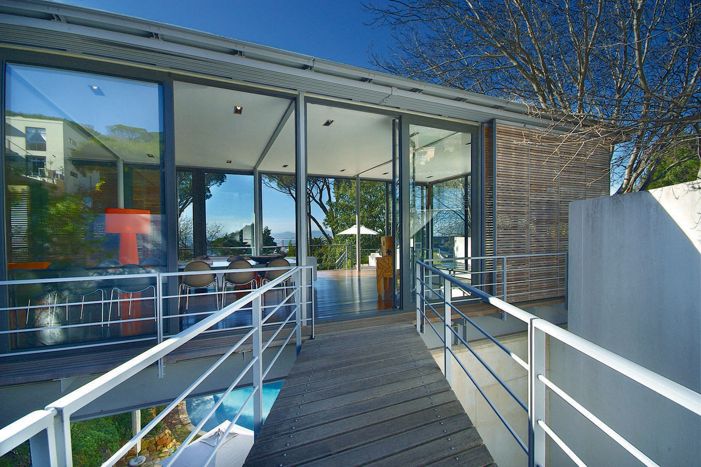 Bridge House by Van Der Merwe Miszewski Architects