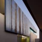 Finger Rock House by HK Associates Inc