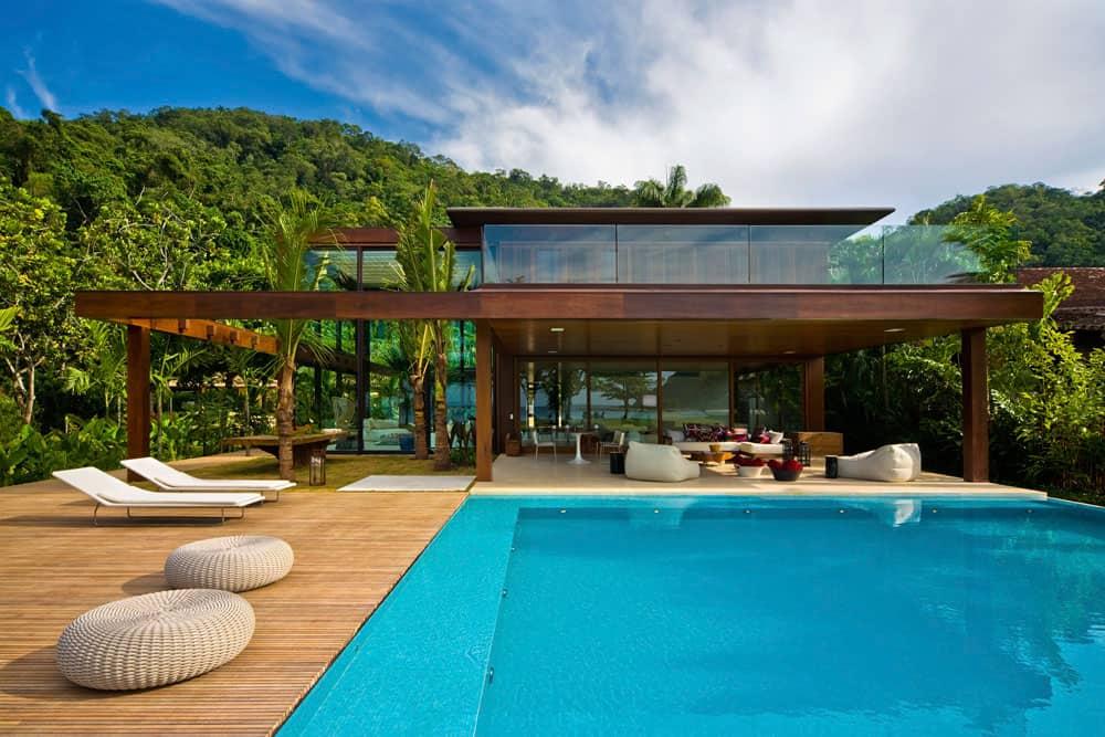 Laranjeiras residence by fernanda marques arquitetos - Maison contemporaine exotique fernanda marques ...