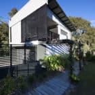 Marcus Beach House by Bark Design Architects