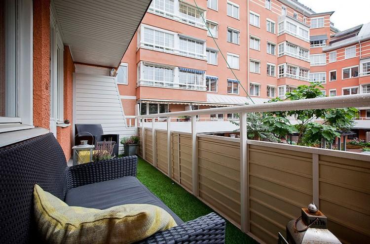 Scandinavian Design Contemporary White Duplex Apartment In Stockholm