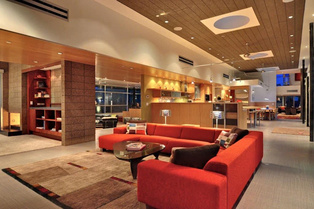 Energy Efficient Contemporary Home in Phoenix