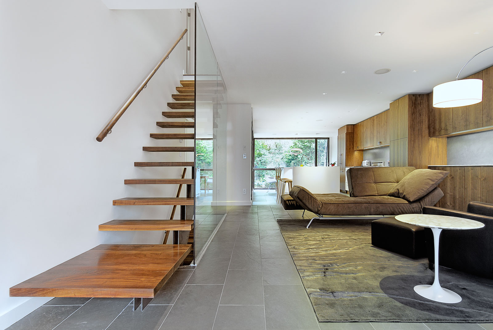 North kingsway residence remodeling by altius architecture for Renovar casa