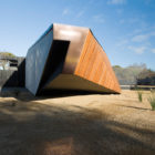Letterbox house by McBride Charles Ryan