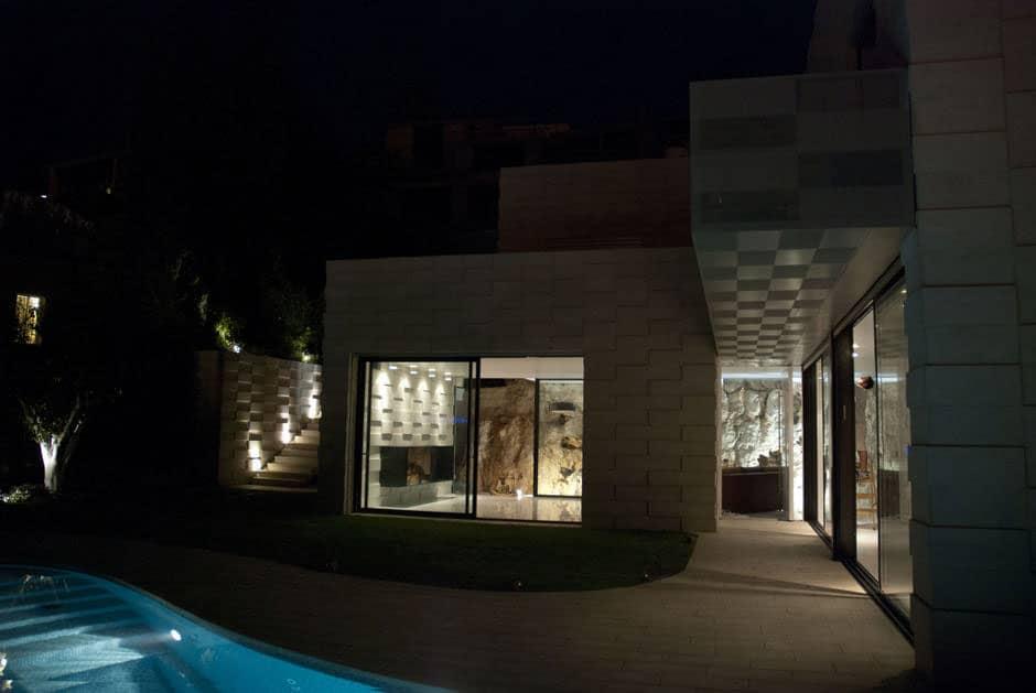Barud House by Paritzki and Liani Architects