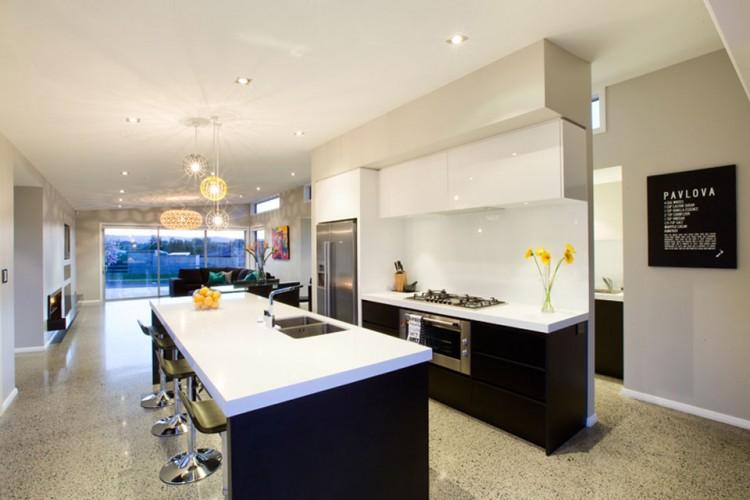 https://cdn.homedsgn.com/wp-content/uploads/2011/11/Calley-Building-Show-Home-09-750x500.jpg