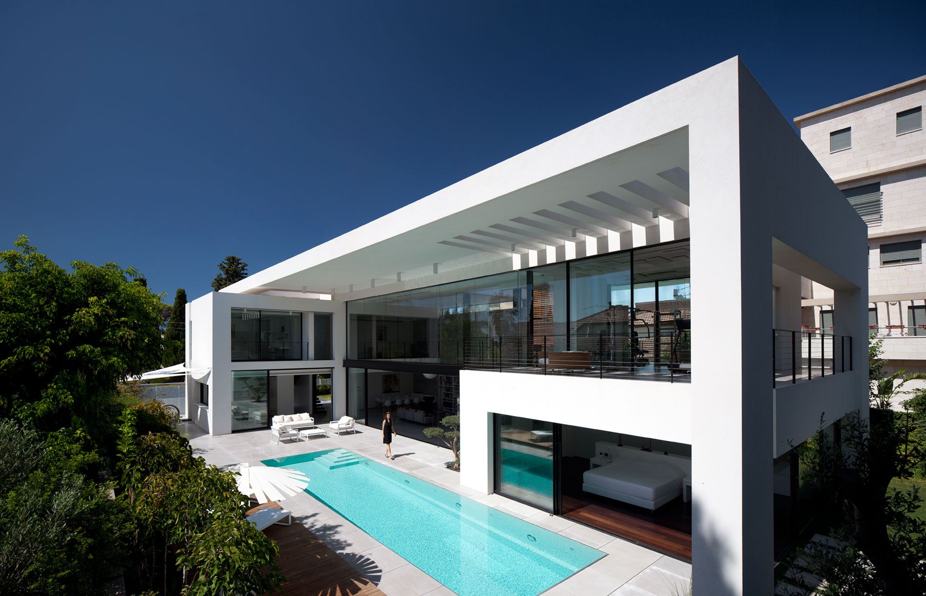 Bauhaus on the Carmel by Pitsou Kedem Architects
