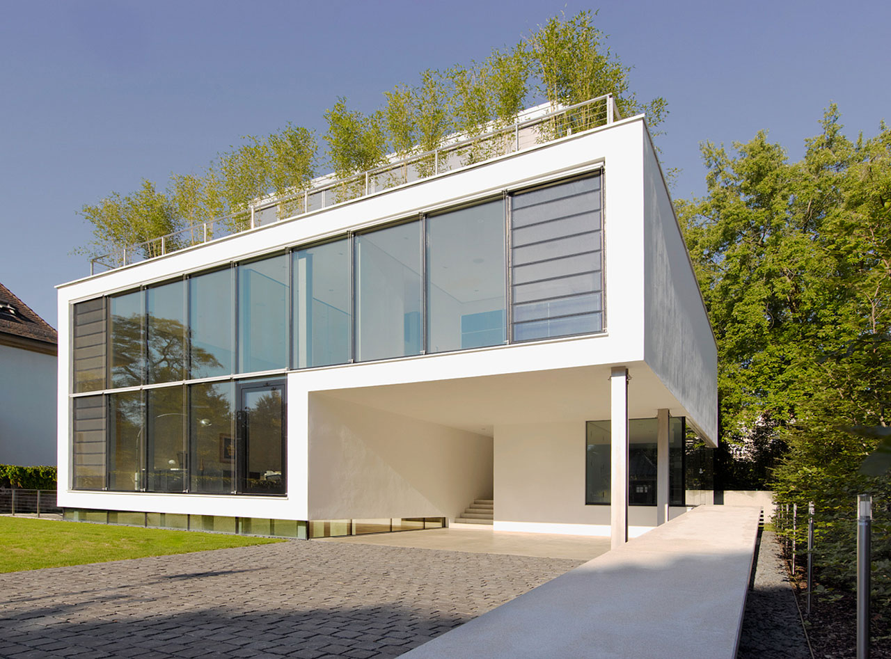 House R by CHIRST.CHRIST. Associated Architects