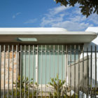 Murra Murra Residence by Luigi Rosselli Architects