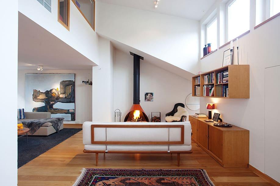 Scandinavian Design: Bright Open-Plan Apartment in Stockholm