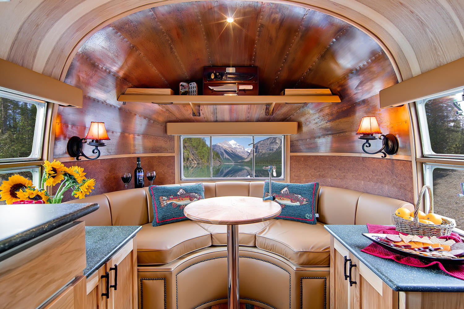 Charming Stunning Restored 1954 Airstream Flying Cloud Travel Trailer
