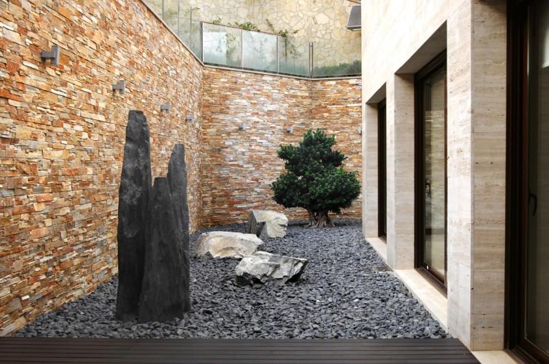 Santa Christina Residence By Dna Barcelona Architects