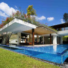 01-Tangga-House-by-Guz-Architects