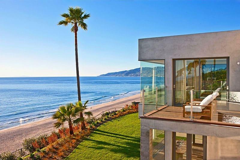 04-Brand-New-Coastal-Modern-Residence-for-Sale-in-Malibu