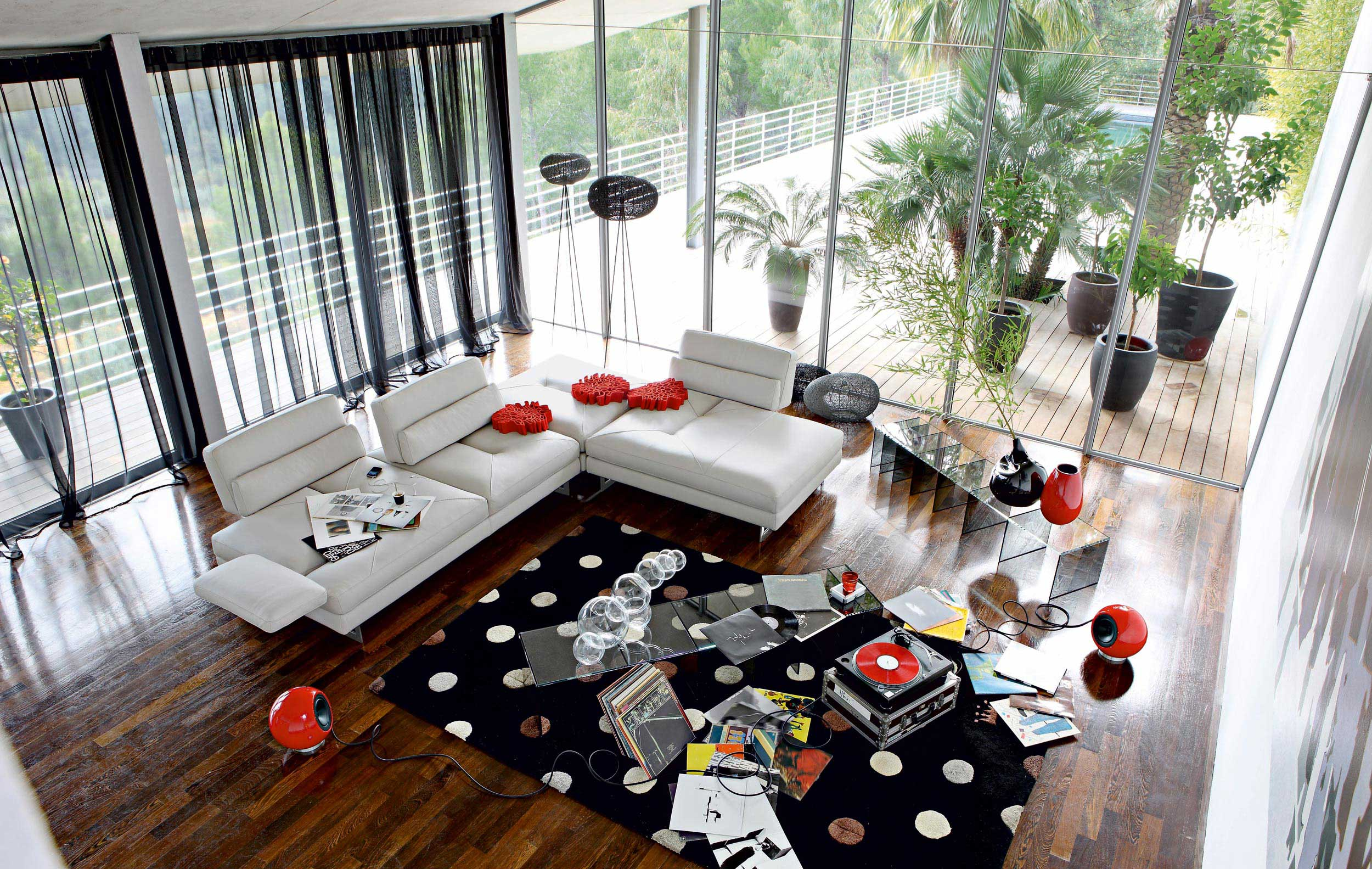 Living Room Inspiration: 120 Modern Sofas by Roche Bobois (Part 2/3)