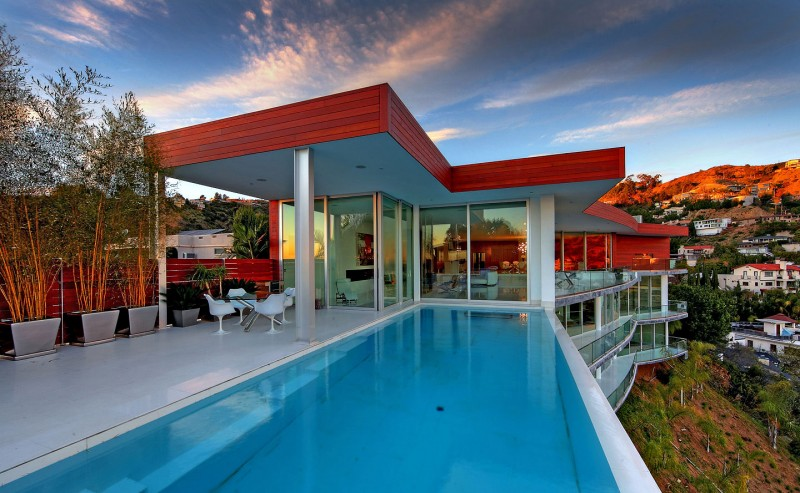 Modern Architectural Masterpiece In Hollywood Hills - Hollywood-hills-architectural-masterpiece
