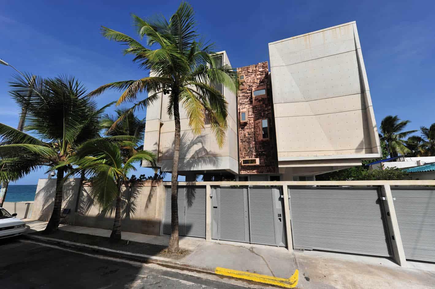 Casa Mar by Coleman-Davis Pagan Arquitectos